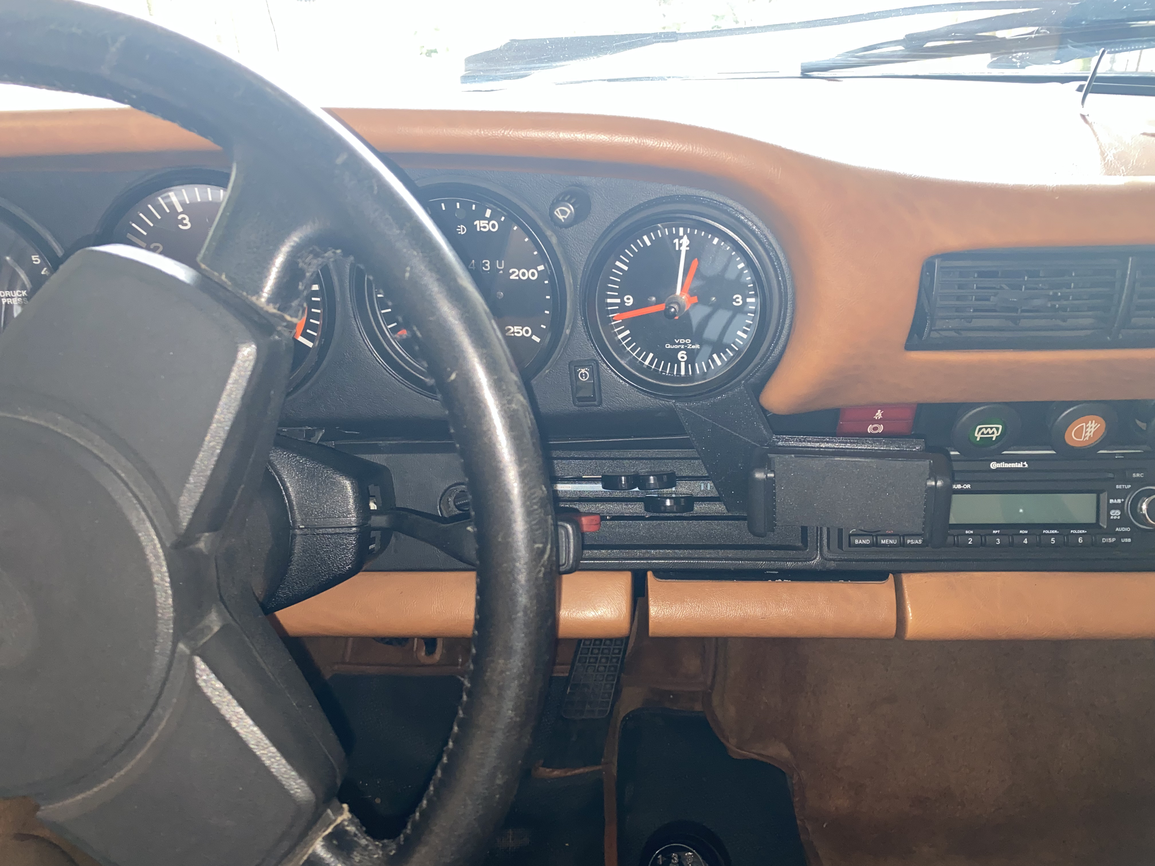 Handy Halterung Vertikal passend für Porsche F Modell / G Modell / 964 / 993